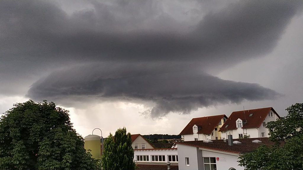 Gewitterzelle am 26.7.2021 über Ingersheim